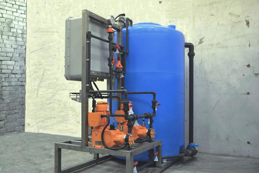 Блок приготовления и дозирования раствора для нейтрализации щелочи